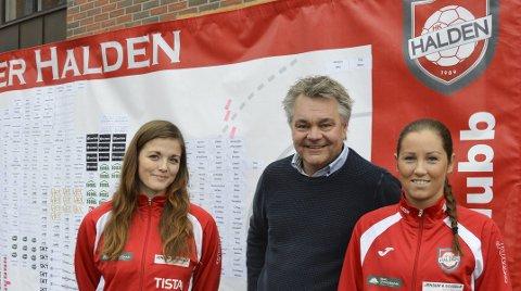 Gode inntekter: HHK-veggen har innbrakt 180.000 kroner. Fra høyre Julie Pedersen, Roger Meyer og Sofia Wiberg.foto: Kristian Bjørneby