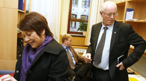 TO GÅR UT: Her er Bente Thorsen, Arve Kambe og Magne Rommetveit fotografert som ferske stortingsfolk i 2009. Nå fortsetter bare sistnevnte. FOTO: Gaute-Håkon Bleivik