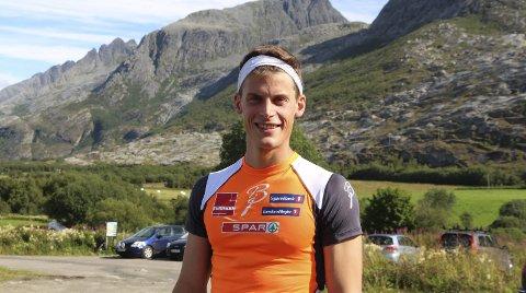 SKYRUNNER: Rolf Einar Jensen er Helgelands eneste aktive utøver i ekstremsporten skyrunning. Han satte rekord over Syv Søstre og nå tar han Øyfjellet.
