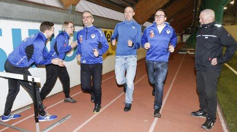 FRIIDRETT PÅ PROGRAMMET: Aktive ledere og trenere i Mosjøen IL Turn har startet MIL Friidrett. Helt t.h. Johan Knudsen som er eneste fra den gamle friidrettsklubben.