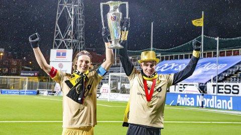 BRØNNØYS GULLGUTTER: Ulrik Saltnes (t.v.) og Isak Helstad Amundsen er en stor inspirasjon for unge spillere i Brønnøysund og på Helgeland.