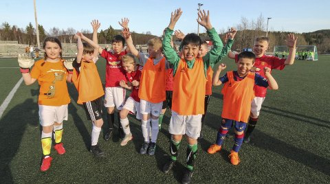 FOTBALLTURNERING: Olderskog IL drar i gang en fotballturnering for de minste, og det er Olderskogs egne spillere født 2011 glad for.Foto: Per Vikan