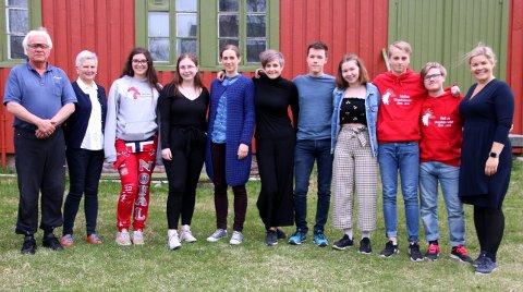 KLIMARÅD: Nordland fylkeskommune har fått eget klimaråd. Rådet består av ti personer fra eldre- og ungdomsråd rundt om i fylket. T.h. Aase Refsnes, fylkesråd for kultur, miljø og folkehelse.