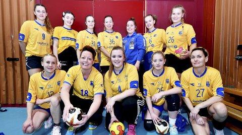 Vågå sitt lag sundag: Desse spelarane frå Vågå J17+ var med i Skjåkhallen sundag.