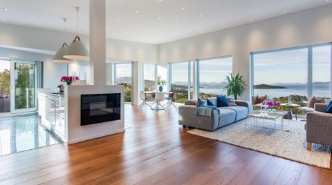 OVER 10: Dette huset solgte ble solgt for over ti millioner kroner lørdag. Foto: Privatmegleren