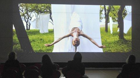 DANS PÅ FILM: RIFF-festivalen på Eina har skapt interesse innen internasjonalt dansefilmmiljø, i følge Ella Fiskum Foto: Per Hovland