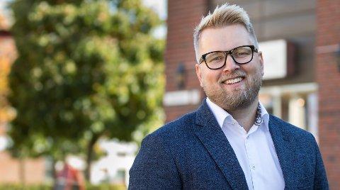 POSITIV: Odd Magnus Langhammer, daglig leder i DNB Ski og Kolbotn er positiv til utviklingen.