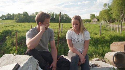 FIN START: André Johansen og Miriam Sandvik synes begge det er trist at hun må reise hjem, etter de hadde hatt en svært lovende start. Foto: TV 2