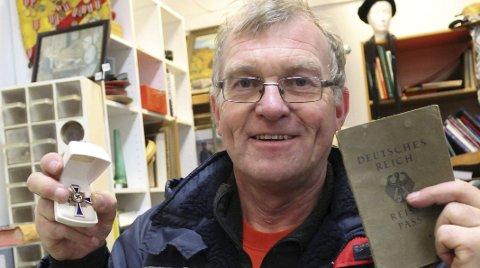Blir «tor med hammeren»: Tor Hylland inntar rollen som «Tor med hammeren» når han holder auksjoner i sin brukthandel på Vallermyrene.