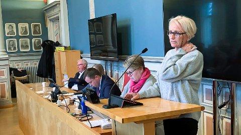 NYE SPØRSMÅL: Venstre-politikeren ber om klargjøring.