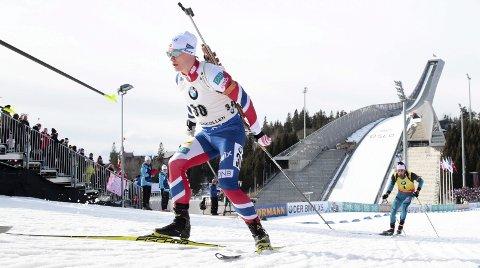 VERDENSCUP: Fredrik Gjesbakk tok sine første verdenscuppoeng i Holmenkollen i mars. Sist fredag ble han nummer sju i verdenscupen. Foto: Håkon Mosvold Larsen