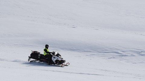 Alt taler for at løypenettet for snøscooterkjøring i Hemnes kommune utvides med 15 kilometer. Rådmannen i Hemnes anbefaler politikerne å si ja til tre nye scooterløyper.