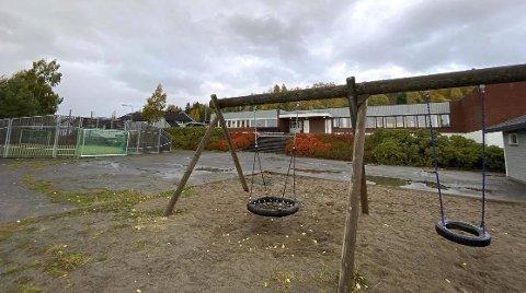 Sommerhotell: Kan tomme skolebygg fungere som hotell for turister om sommeren. Det spør Thomas Eriksen i MDG om. Han har levert interpellasjon til kommunestyret i neste uke.