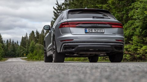 TAPER: Audi Q8 Ladbar hybrid er en av de store taperne i regjerings forslag til nye bilavgifter. Den får en avgiftssmell på over 85.000 kroner. Foto: Magnus Blaker (Nettavisen)