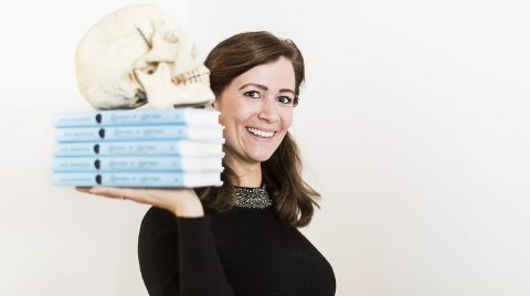 Kaja Nordengen har hatt stor suksess med boka «Hjernen er stjernen». Boka kom i oktober, men er allerede trykt i tredje opplag og solgt til fire land. Foto: Lisbeth Lund Andresen