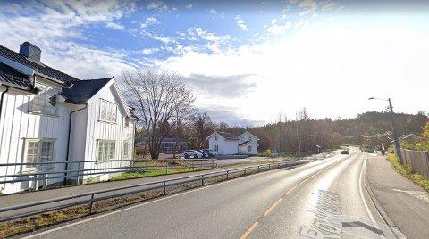 VED BONDI: Det var langs dette strekket av Røykenveien ved Bondi at mannen ble stanset for ruskjøring.