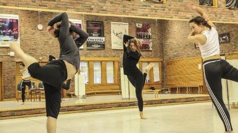 Jubileum: Dansekunst i Grenland stiller med egen forestilling på Tid for Dans 20. november, basert på en av Bjørg Viks noveller.  Foto: Christine Nevervik