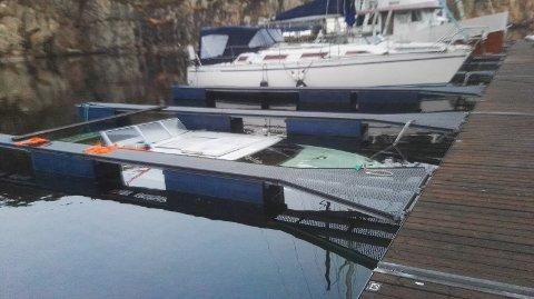 «Ubåt» har Cato Kvalsvik merket salgsannonsen til båten med. Dette er neppe det første man vanligvis tenker på når man leser det.