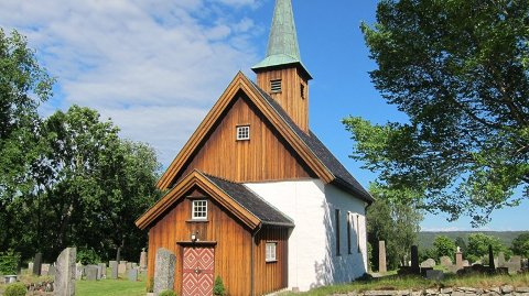 Det blir minimalt med aktivitet i kirkene de kommende ukene. Unntaket er begravelser. Foto Nesodden kirke: Kirken