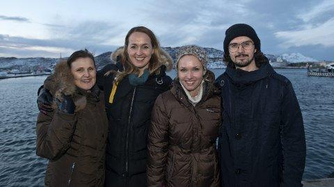 Unike rammer: Arctic Yoga Conference har satt seg et mål om å gå fra 100 til 1000 deltakere på konferansen ved å øke antallet internasjonale deltakere. Styret består av Bjørg Helene Jenssen, Linda Dokmo, Kristin Vikjord og Thomas Litangen. Foto: Mads Trellevik