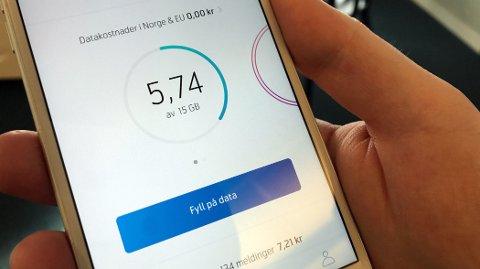 DATATYVER: Med så mye som 15 GB inkludert i måneden, skal det godt gjøres å bruke opp mobildataen. Video- og bildetunge apper som YouTube, Facebook, Instagram og Snapchat gjør likevel solide forsøk på å tømme banken.