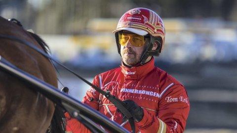 Tom Erik Solberg ble beste kusk i V75 i fjor. (Foto: Eirik Stenhaug)