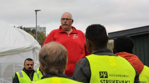 IKKE FORNØYD: Tillitsvalgt for bussjåførene i Drammen, Kenneth Bekkenes.