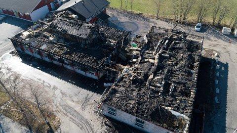 Familiens hus i Kirkebygda brant ned natt til 2. påskedag i 2019.