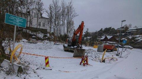 Kråkerøy 1: Dette blir den ene av parkeringsplassene på Kråkerøy, bak Shellstasjonen.
