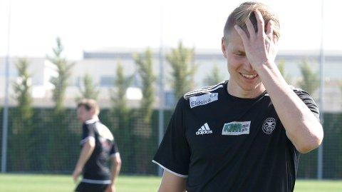 Ferdig: Tore Andreas Gundersen har kastet inn håndkleet og kunngjør at han legger opp som profesjonell fotballspiller. Solungen mangler motivasjon til å fortsette karrieren og satser nå på et sivilt liv.FOTO: HENNING DANIELSEN