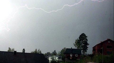 4. Lyn og torden over Lillehammer. Foto: Helene Strand