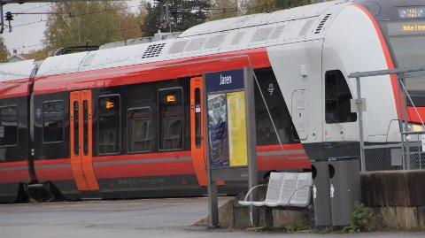 BEDRE TILBUD: Fra mandag setter Vy opp en ekstra avgang fra Gjøvik til Oslo. Det blir også en ekstra avgang fra Oslo.