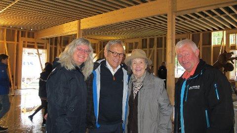 ORDFØRERBESØK: Anne Guri Westhagen, ordfører Willy Westhagen, Marit Grefberg og Nicolai Stenersen.