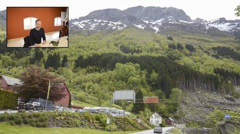 Jobber for skylift: Ola Thuen Neergaard, daglig leder i Hardanger lift, sier det er kjekt å oppleve et så stort lokalt engasjement. – Responsen har vært bra. 15 aktører har tegnet seg på, og det er kommet inn 3.680.000 kroner, opplyser han.