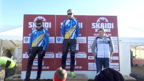 Fredrik Nilsen (t.v) og Jørgen Strøm med 2. og 1. plass i klassen «gutter 15-16 år».