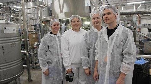 JOBB: Martine Alden Pettersen (18) føler seg heldig som har fått læreplass. Om to år kan hun ta fagbrevet i produksjonsteknikk.