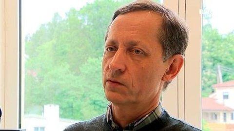 ADVARER: Overlege og forsker Tom K. Grimsrud mener det er ingen god idé å sammenligne sigaretter og snus.