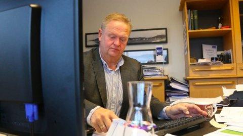 AVVISER IKKE: Budsjettarbeidet blir stadig vansleigere. Ordfører Jan Kristensen tør ikke lenger avvise at det kan komme et forslag om eiendomsskatt, selv om han ikke ønsker det.