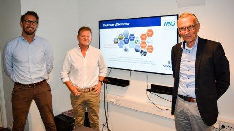 UTVIKLER EUROPA OG VERDEN: Mosseregionens Næringsutvikling leder et stort, multinasjonalt EU-prosjekt for innovasjon innen grønn, maritim næring. I den lokale prosjektledelsen er André Thysted (fra venstre), Yngvar Trandem og Hans Bjørn Paulsrud.