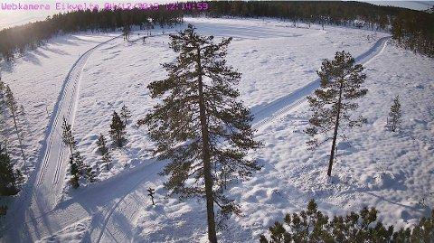 ONSDAG FORMIDDAG: Bildet er hentet fra webkamera ved Eikvelta ved 12-tiden onsdag.