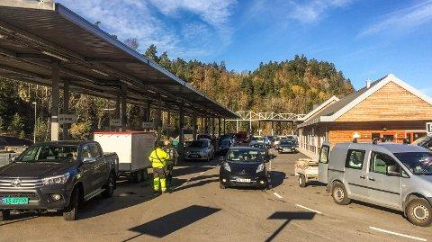 FORESLÅR KJØP: Grinda gjenvinningsstasjon kan bli Larvik kommunes eiendom dersom rådmannen får det som han vil.