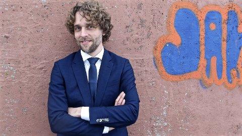 Jan-Tore Saltnes er en av artistene som opptrer i Larvik kirke denne sommeren.