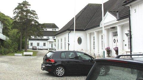 KONTROLL: Langesund Bad fikk skjenkekontrollen på besøk.