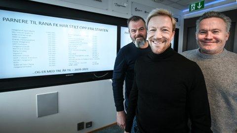 Bjørn Audun Risøy (midten) er den nye styrelederen i Rana FK. Her sammen med Trond Harry Hansen og Roger Håkonsen.