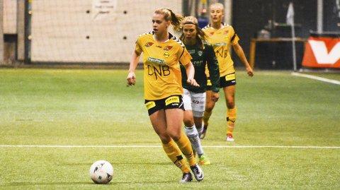 Ingrid Kvernvolden fra Brumunddal håper å kunne ta ytterlige steg denne sesongen. Lørdag serieåpner hennes Lillestrøm mot erkerivalen Vålerenga på bortebane.