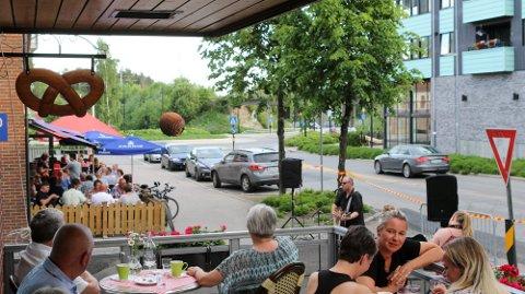 TRAKK SEG: Flere av serveringsstedene i Moelv trakk seg fra «Smak av sommer». Nå er det hele avlyst. Bildet er tatt fra arrangementet i fjor.