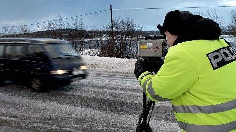 Fartsbøtene heves fra 1. januar. Foto: Yngve Olsen, Nordlys/ANB