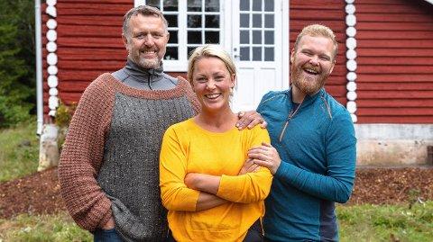 KLORER SEG FAST PÅ TORPET: Karianne Amlie Wahlstrøm har stort sett vært eneste jenta på Torpet i TV2-konkurransen denne høsten. Det har hun trivdes godt med. Supertrioen inkluderer Olav Harald Ulstein og Mathias Scott Pasqual.