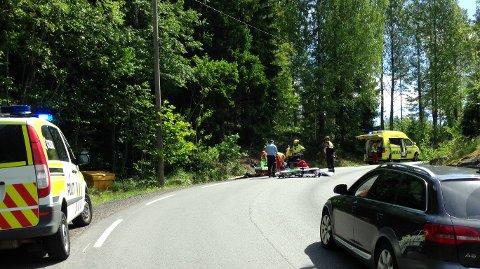 Ulykken skal ha skjedd i en sving på Losbyveien.