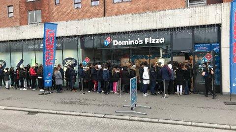 Slik så det ut etter Dominos-åpningen i Lørenskog.